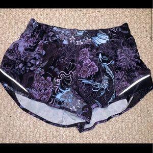 💫RARE💫Lululemon Memoir Multi Purple Hotty shorts